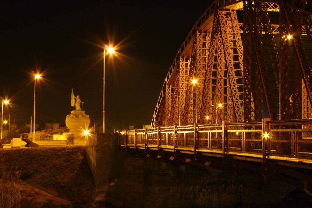 Puente de la Historia